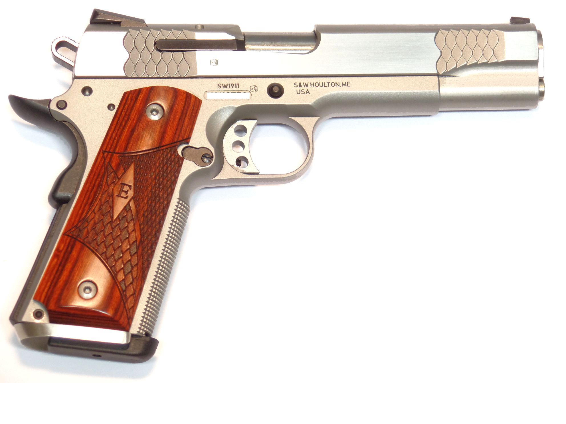 Smith & Wesson - 1911 E Series calibre .45ACP