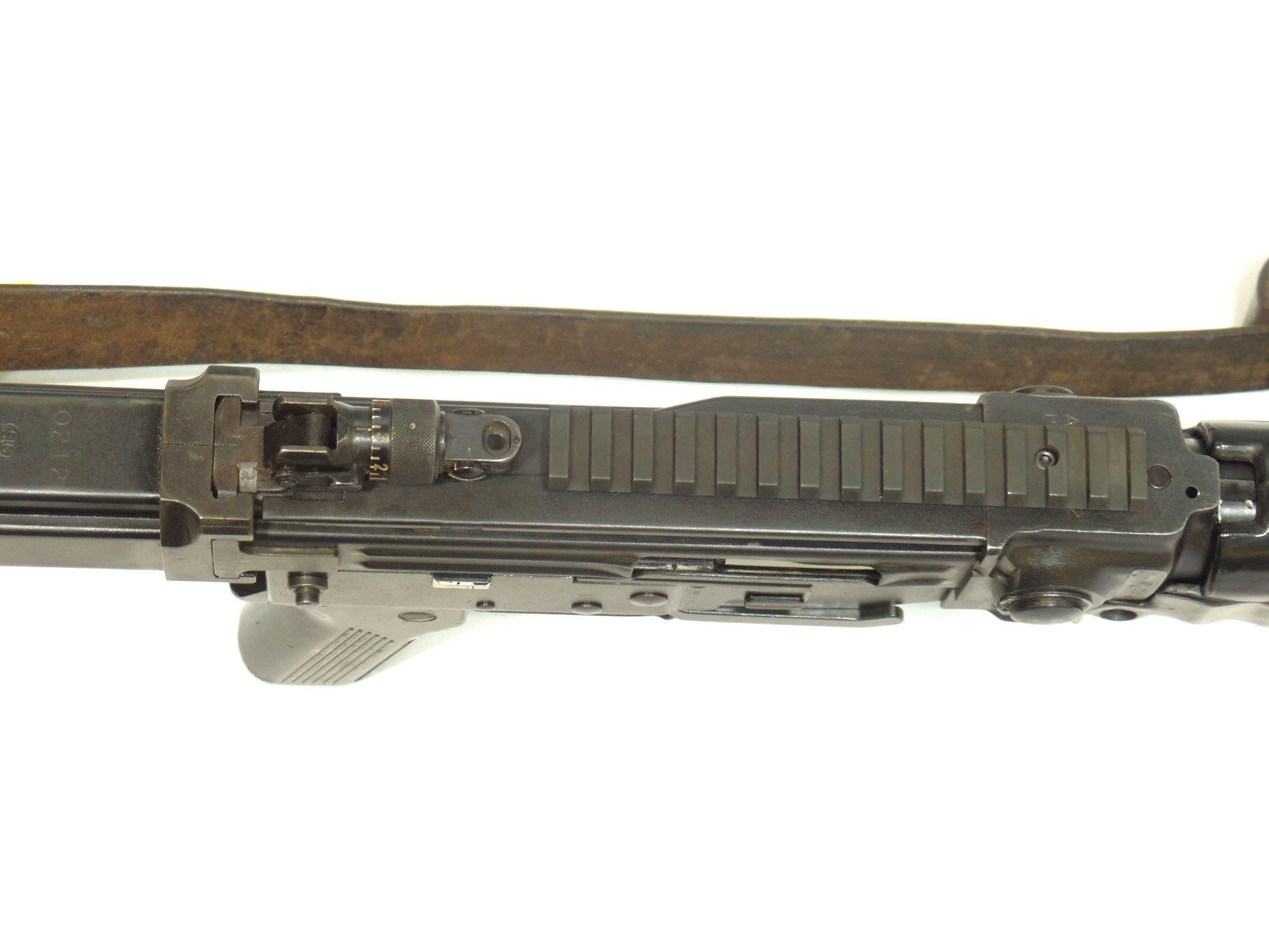 SIG - STG57 calibre 7.5x55