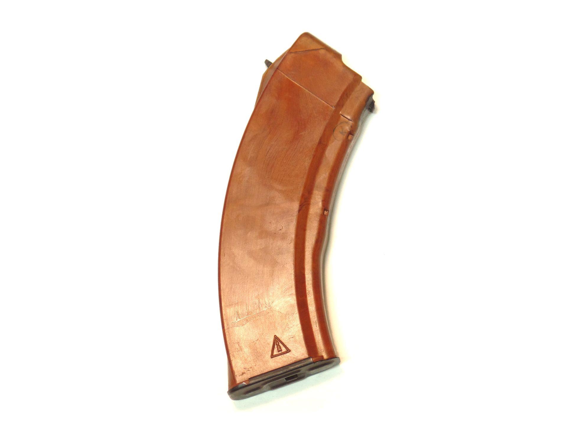 Chargeur Kalashnikov AK47 bakélite rouge calibre 7.62x39