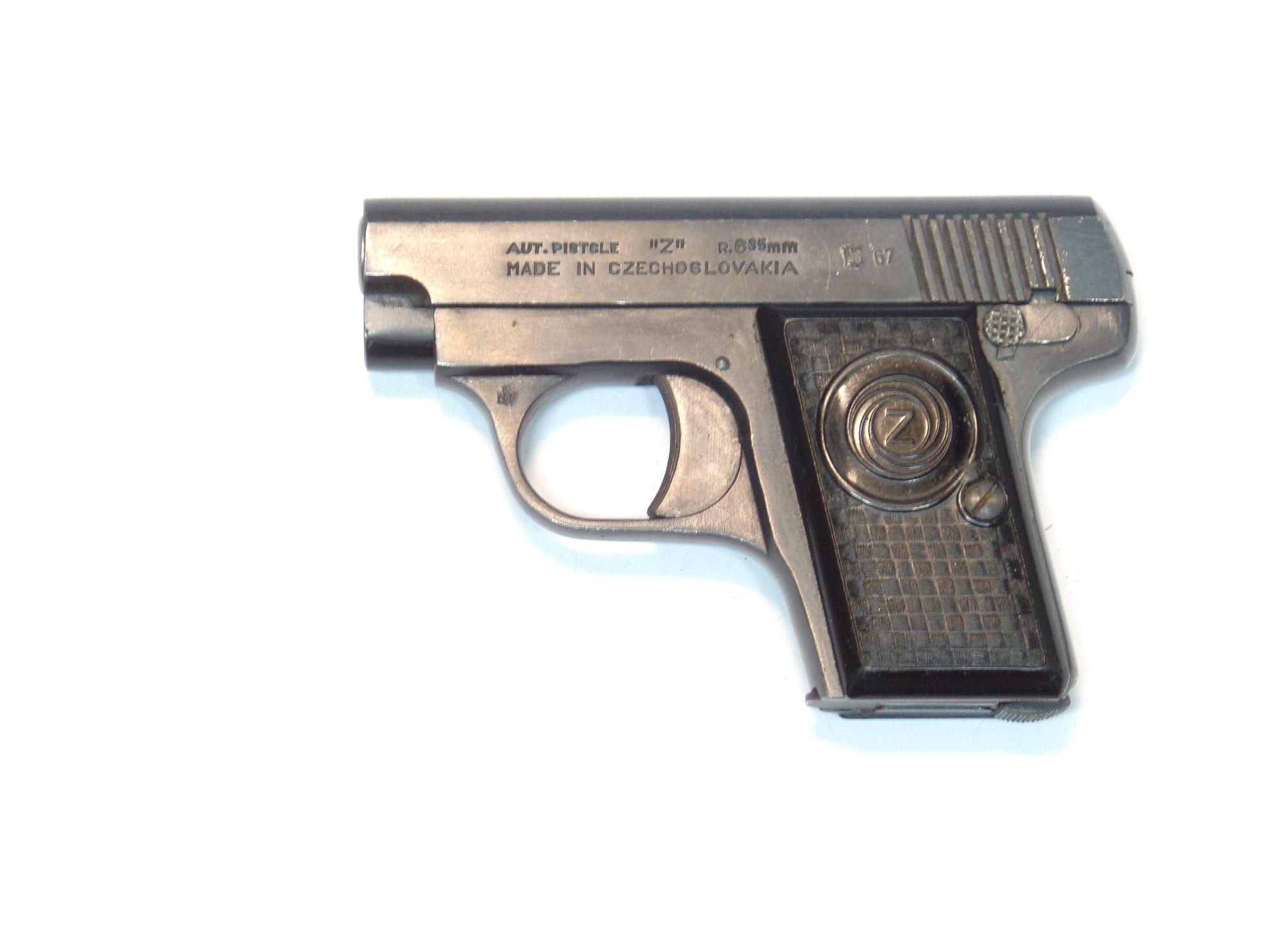 CZ modèle Z calibre 6.35 Browning
