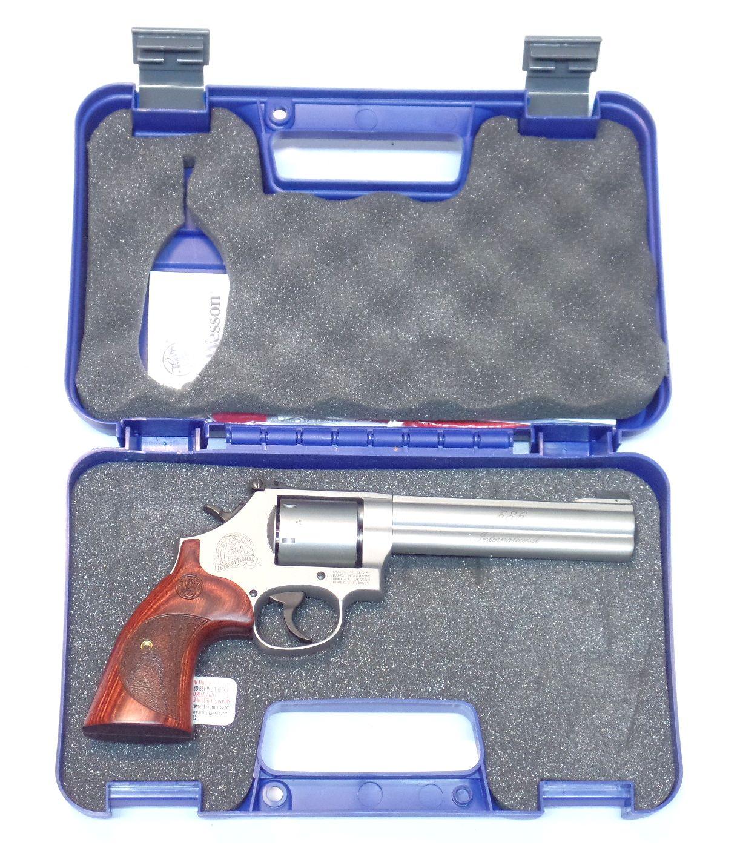Smith & Wesson Modèle 686 -6 calibre 357 Magnum