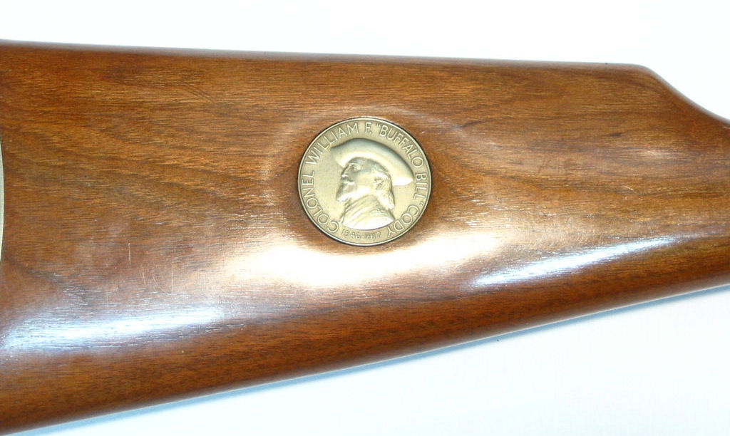 """Winchester Commemorative """"Buffalo Bill"""" calibre 30-30"""
